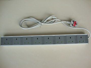 Flat Plug 8 Way European Power Strip With Long Cord / Surge Protector