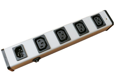 Multi Funcational Intelligent Power Distribution Unit Power Bar With Circuit Breaker